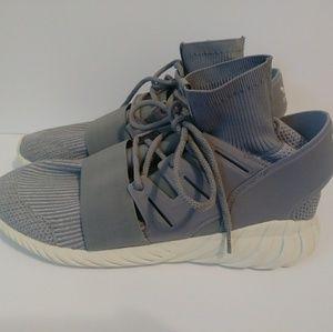 Adidas Tubular Shoes Sz 16